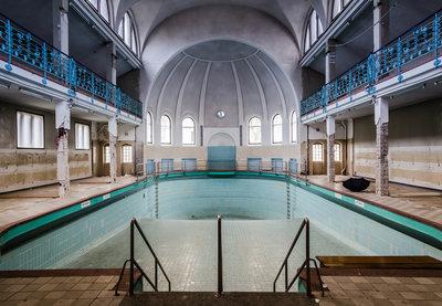 Verlaten Zwembad Fotobehang 12635P8