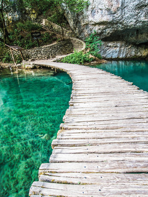 Bridge on a Turquoise Pond Fotobehang 10220VEA